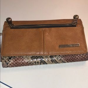 Kenneth Cole brown snake print wallet